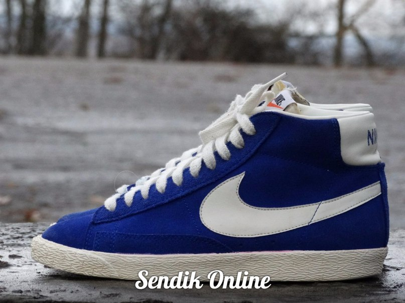 Hooked On A Feeling(Бешеные Псы OST) Blue Suede